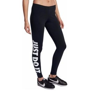 Nike Women's Sportswear Just Do It Leggings M